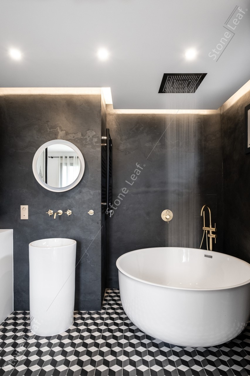 100% natural stone sheets Londres into a bathroom