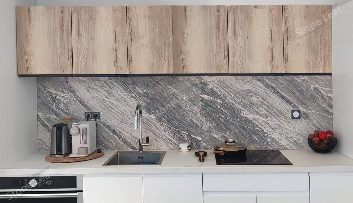 Feuille de pierre 100% naturelle Toronto en crédence de cuisine
