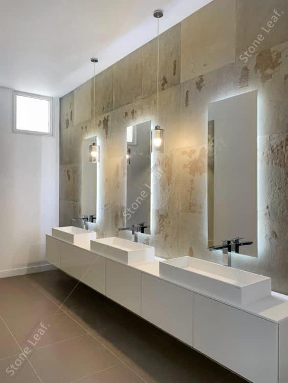 Feuille de pierre 100% naturelle sur les murs d'espaces communs